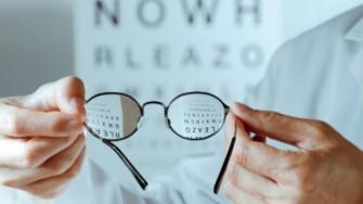 L'Organisation d'une session spéciale d'examen de fin d'études pour les candidats opticiens lunetiers