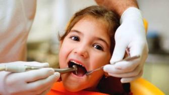 Pour guérir les caries, les dents pourraient se réparer toutes seules
