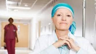 La chimiothérapie périopératoire de 1ère intention devrait être proposée devant tout cancer gastrique résécable